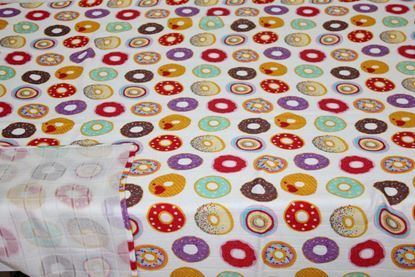 Picture of Bamboo tetra  blanket  - 100 x 100 cm - Donuts