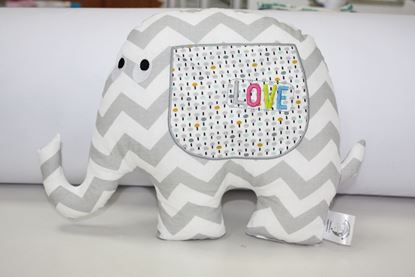 Picture of Pillow - Elephant Love - grey ZigZag