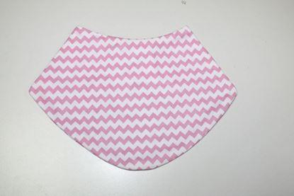 Picture of Baby scarf bib -  Rose zigzag