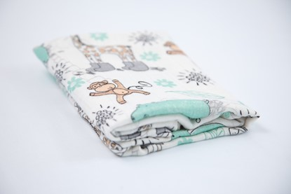 Picture of Children swaddle blanket 100% bamboo - Giraffe