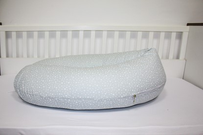 Picture of Nursing pillow - White stars