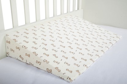 Picture of Baby cushion - 60cm - 15° - Giraffes - pillow case